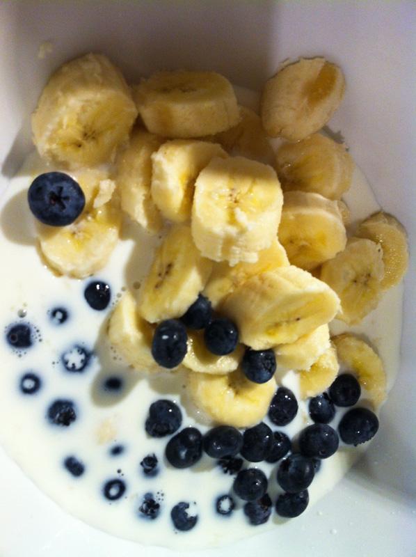 Bananen-Blaubbeer-Smoothie